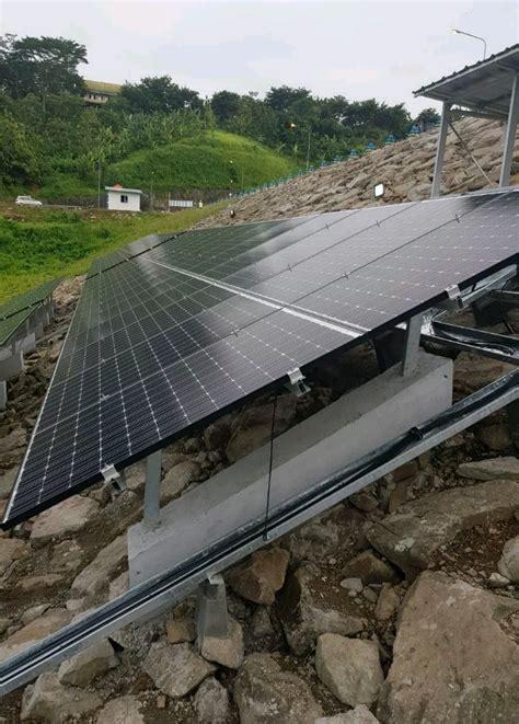 Panel Surya 2018 kementerian pupr lakukan pemasangan panel surya di