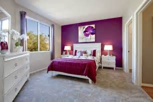 a orchid toned accent wall ads a youthful yet