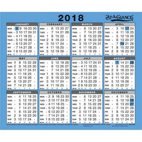 dilbert 2018 wall calendar at a glance 2018 wall calendar 930 2018