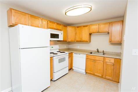 coach house apartments chelmsford ma apartment finder