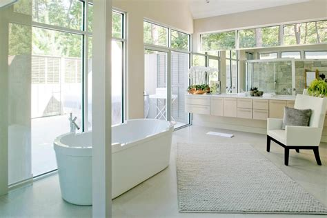 Modern Farmhouse Bathroom See This House White On White In A Modern Htons Farmhouse Nbaynadamas Furniture And Interior