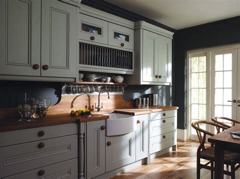 edwardian kitchen ideas серый цвет в интерьере кухни фото