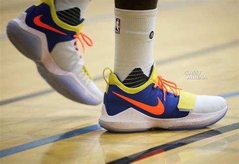 Sepatu Basket Nike Pg 1 Paul George Okc nike pg 1 okc thunder sneakerfiles