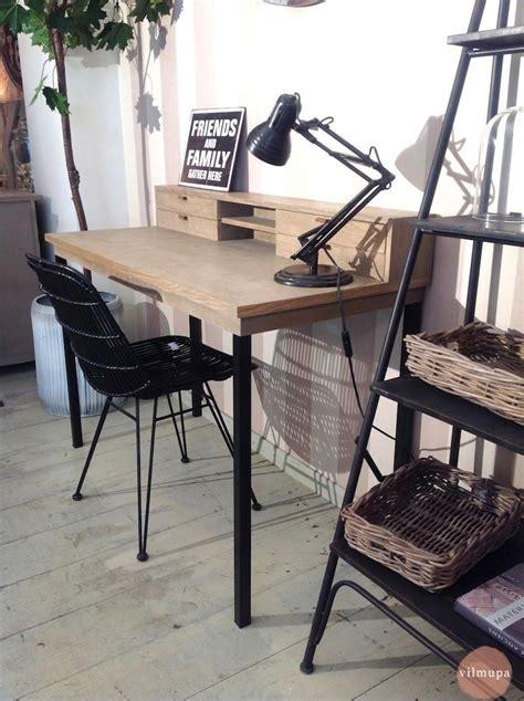 vilmupa mesas escritorio  combinan la madera natural