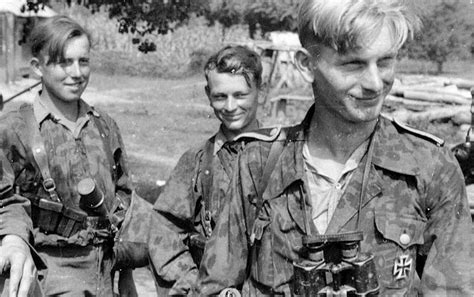 wwii german ss soldiers stabswache de euros ϟϟ division wiking in caucasian forests