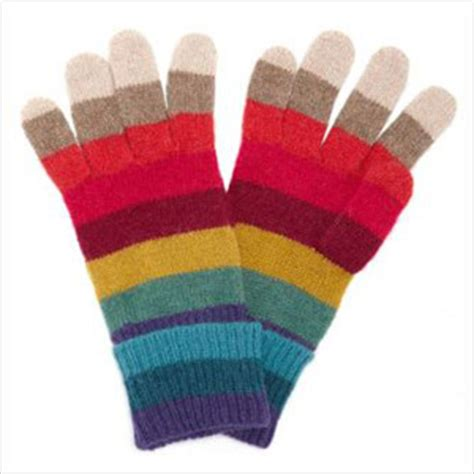 8 Pairs Of Mittens And Gloves by 6 Stylish Pairs Of Warm Winter Gloves