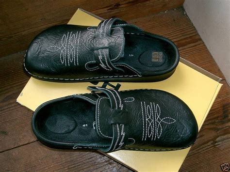 comfortable shoes for arthritis 17 best images about shoes hope for pretty ones but need