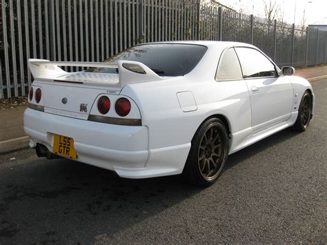 skyline nissan r33 harlow jap autos uk stock nissan skyline r33 gtr built