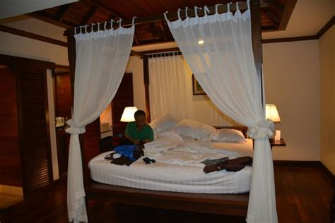 Bed With Poles by The Bed With 4 Poles Picture Of Angkor Palace Resort