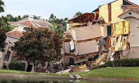 Cabins Near Disney World by Villa Swallowed By A Sinkhole In Florida Barnorama