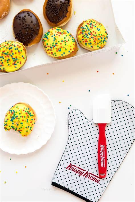 Krispy Kreme Donut Giveaway - the gift of doughnuts giveaway pink wings