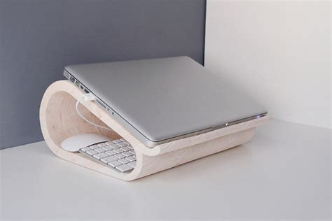 mac laptop holder for desk wood macbook pro laptop stand obama pacman