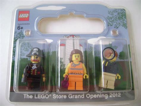Paking Set Grand Supra X promotional lego brand store opening set brickset