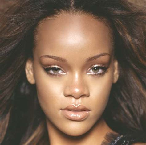 best hair for wide nose rihanna