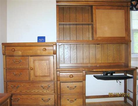 lexington oak bedroom furniture lexington furniture oak locker room bedroom suite desk