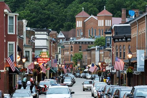 best small town in america antique towns the 50 best small towns for antiquing in