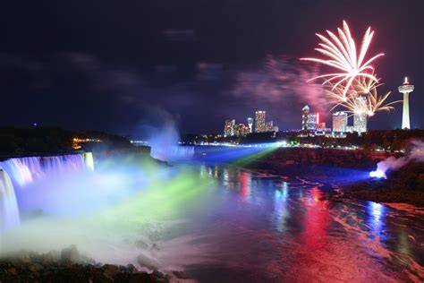 niagara falls light show kreative cruises luxury cruise family couples