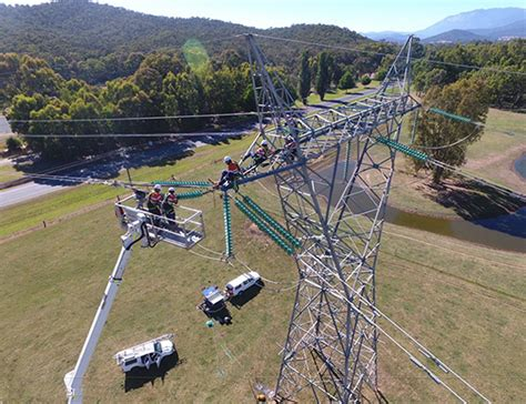 high voltage switching course melbourne lineworker transmission distribution thomson bridge