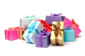 Newlywed Gift Family Gift Giving 101 Newlywed Holiday Etiquette Newlywed Blog