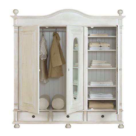 3 türiger kleiderschrank mit spiegel landhaus kleiderschrank 3 t 252 rig mit spiegel massiv aus holz