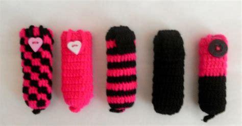 18284 Top Flowers Knit Mix Katun 3 Warna izyan nadiah pink and black pen drive