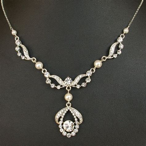 7 Best Necklaces For Your Wedding by Deco Style Wedding Bridal Necklace Vintage Style