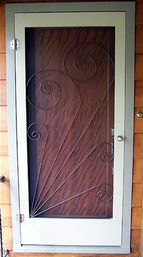 Screen Door Insert by Vintage Style Screen Door Insert Craft Ideas