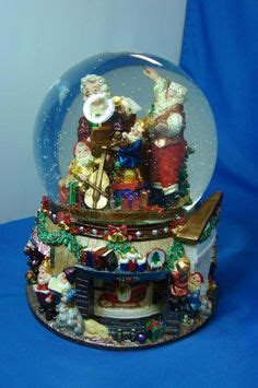 traditional christmas snowglobes 1000 images about 18 christopher radko snowglobes on musical snow globes snow