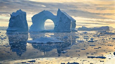 Winter Houses by Disko Bay Greenland 2880 X 1621 Nature Photography