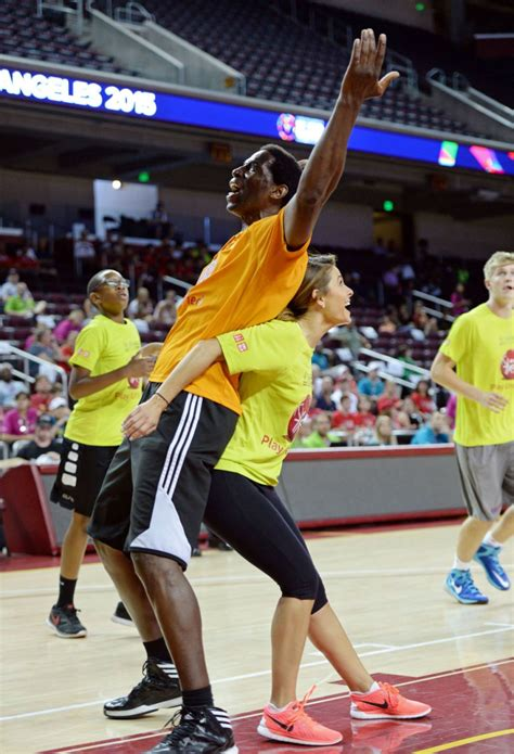 special olympics world menounos at basketball at special