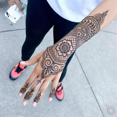 henna tattoo parlors 24 henna tattoos by goldman you must see