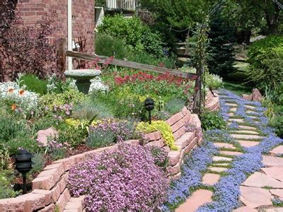 Xeriscaped Backyard Design by How Xeriscaping Works Howstuffworks