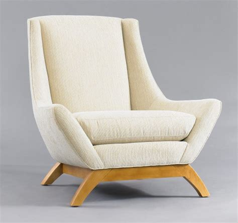 10 stylish and cozy large chairs for the living room the cozy jensen chair
