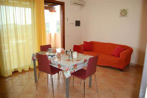 Chia Appartamenti by Appartamenti Laguna Di Chia Chia Domus De