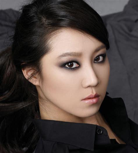 lee seung gi gong hyo jin quot bạn g 225 i quot mới của lee seung gi lộ diện