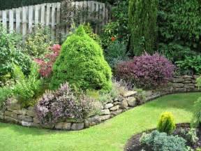 Small Square Garden Design Ideas 83 Wundersch 246 Ne Kleine G 228 Rten Archzine Net
