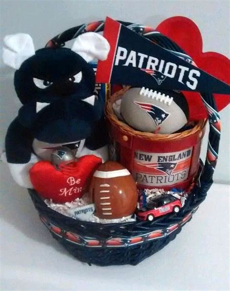 gifts for patriots fans 1000 ideas about football gift baskets on pinterest