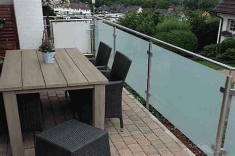 terrassengeländer holz kaufen balkongel 228 nder holz modern kreative ideen f 252 r