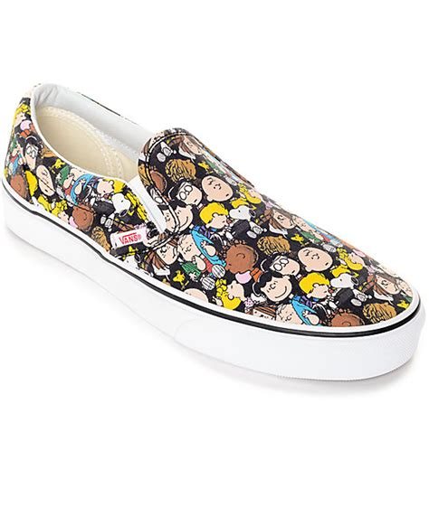 Sepatu Vans Slip On Snoopy vans x peanuts slip on the shoe zumiez