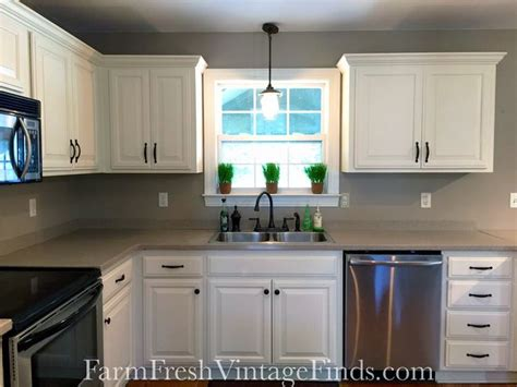 best product to refinish kitchen cabinets 48 best brown painted furniture images on pinterest