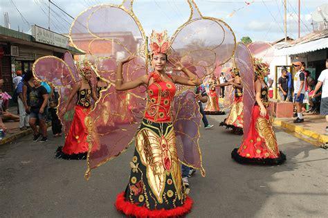 imagenes parque venezuela barranquilla las im 225 genes que muestran por qu 233 el carnaval de el callao