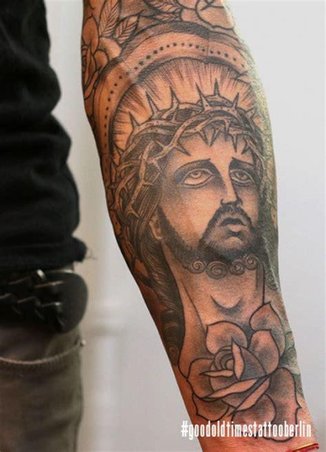 tattoo jesus unterarm suchergebnisse f 252 r jesus tattoos tattoo bewertung de