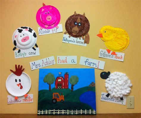 newspaper theme for preschool preschool had a farm the kids each made a farm animal