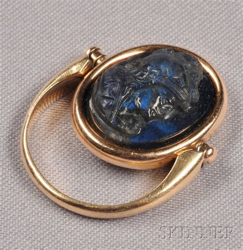 nouveau 14kt gold and labradorite cameo swivel ring