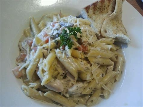 pinterest swiss food recipes chicken penne pasta at swiss chalet food and beverage chalets penne pasta and