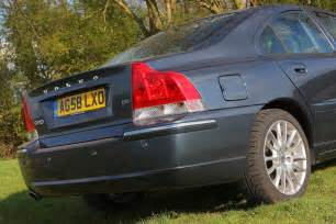 How Much Does A Volvo S60 Cost Volvo S60 Saloon Review 2000 2008 Parkers