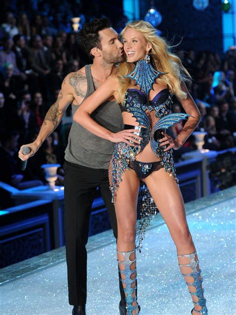 the bite of pleasure adam and s secrets to lasting books behati prinsloo and adam levine fashion show www