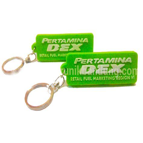 Gantungan Kunci Custom Gantungan Kunci Nama Gantungan Kunci Akrilik gantungan kunci karet salah satu aksesoris unik jual