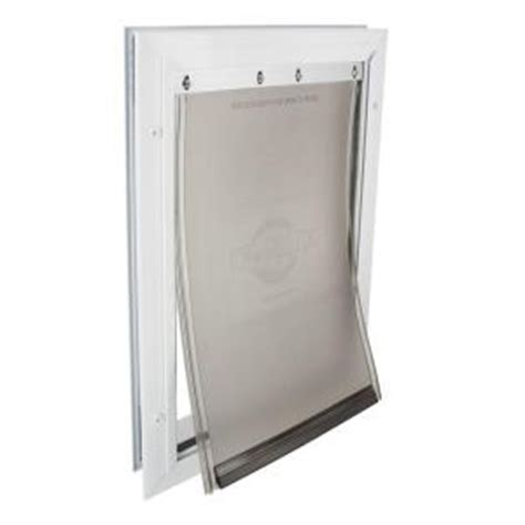 petsafe 8 25 in x 12 25 in medium freedom aluminum pet