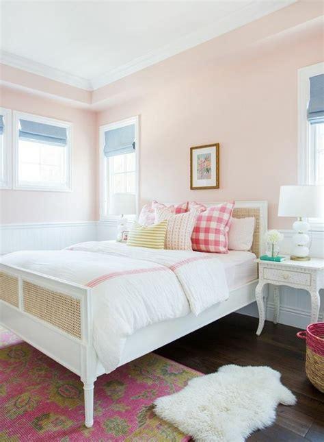 schlafzimmer wandgestaltung farbe 50 beruhigende ideen f 252 r schlafzimmer wandgestaltung
